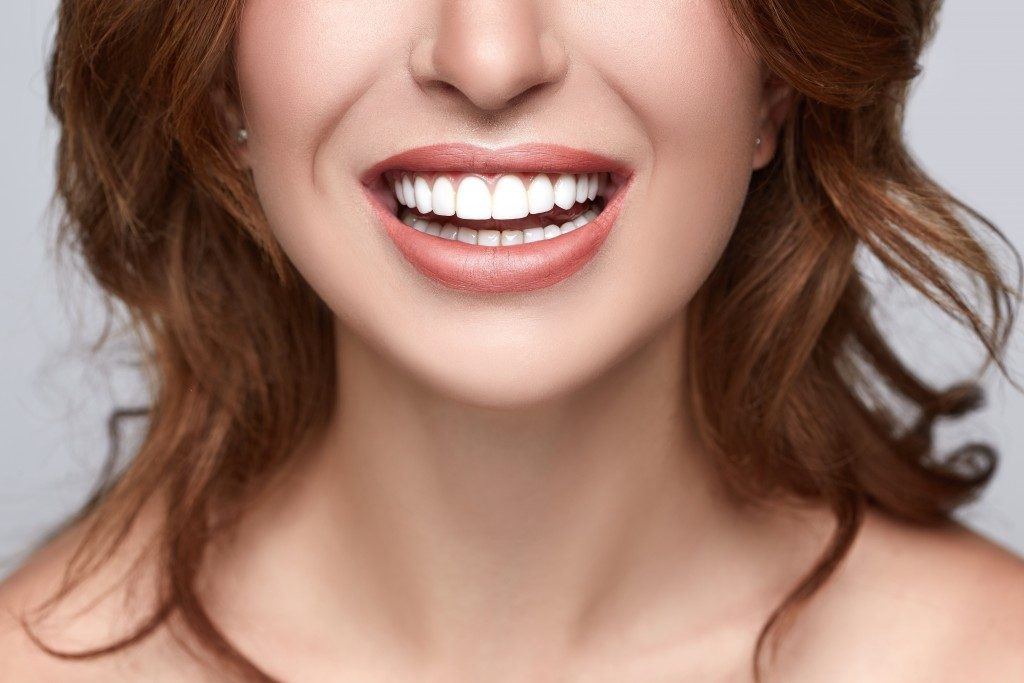 woman's perfect teeth